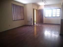 AC 38565 Casa com 04 dormitórios