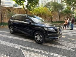 Título do anúncio: Audi Q7 4.2 V8