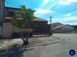 Sobrado com 237 m² sendo 3 quartos 1 Suíte de esquina no melhor bairro de Taubaté/SP
