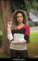 Roupas feminina em tricô e malhas.
