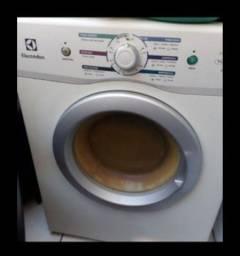 Título do anúncio: Secadora de roupa Electrolux