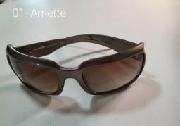 Vendo óculos originais, modelos antigos.