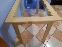 Mesa com Vidro com 6 Cadeiras
