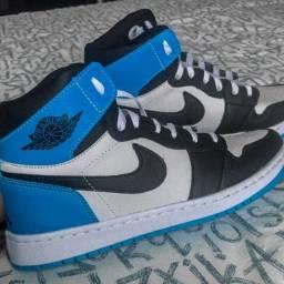 Air Jordan 1 Azul