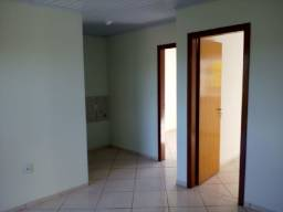 Apartamento 2 dormitórios com vaga no Belém Velho (restrição pet)