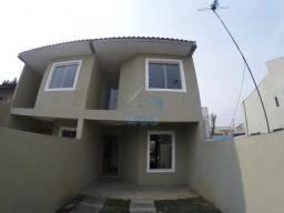 Ótimo sobrado na região do Tatuquara, com dois quartos, sala, cozinha independente, lavabo