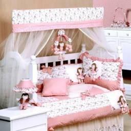 Imperdível - Kit berço, cama babá, cortina, móbile e almofada de amamentação