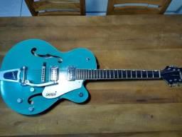 Guitarra Gretsch G5120 Semi Acústica