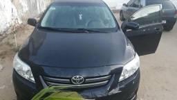 Um Toyota Corolla para vender ele está em placado quatro portas - 2011