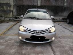 Etios Sedan 1.5 XLS 2014 - Completo - 2014