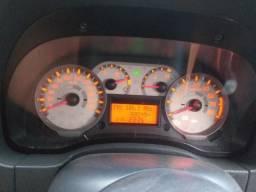 Vendo ou troco por carro sedan - 2011