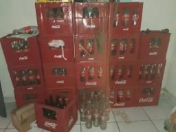 12 caixas de refrigerantes(com vasilhames)