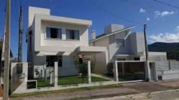 Oportunidade Casa com piscina em Garopaba