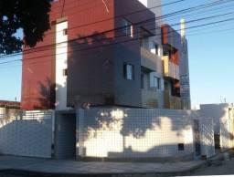 Apartamento no José Américo de 02 quartos
