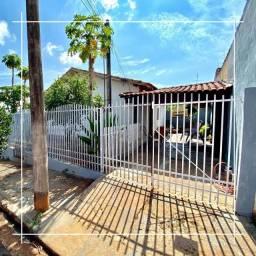 Imóvel com terreno de 168 mt2 e 2 dormitórios- Jardim Ouro Verde - Ourinhos/SP