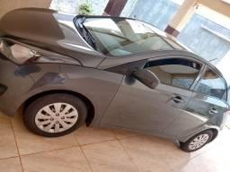 Hyundai HB20 1.0 Confort Plus com multimídia, impecável,