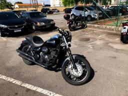 Moto Dafra Horizon modificada Café Racer banco confort