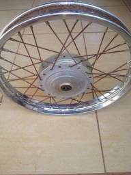 Vendo roda de moto