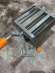 Máquina de macarrão manual