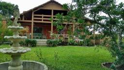 Casa em Condomínio com 3 quartos - Ref. GM-0075