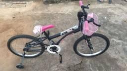Bicicleta Aro 20  Nina com Cesta ? Preta