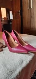 Vendo sapatos femininos, novos na caixa, nunca usados , Tamanho 36
