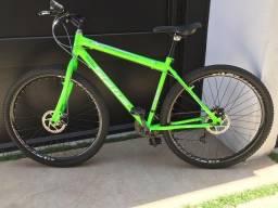 Bicicleta Aro 29 ( Novinha )