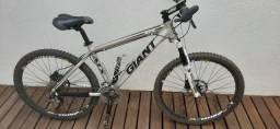 """Bicicleta Giant ATX 26"""""""