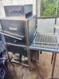 Máquina de lavar louça Hobart