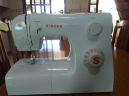 Maquina de costura Singer tradition usada