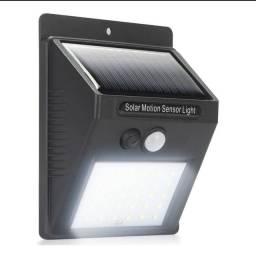 Luminária De Parede 20 Leds Energia Solar Com Sensor De Movimento e Presença Balizador