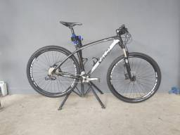 Bike aro 29 Caloi Elite Carbon