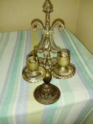 Candelabro de bronze duas velas