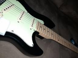 Guitarra strinberg sts-100 - Preta com Verde abacate