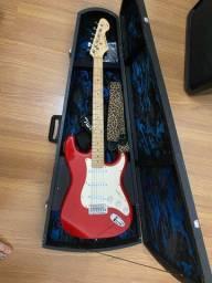 Guitarra Vogga Strato com afinador