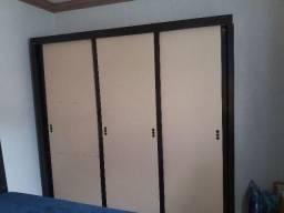 Guarda roupa de 3 portas e cabeceira de cama box