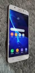 Galaxy j7 prime 32gb 3gb RAM