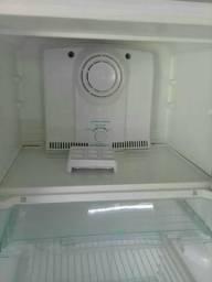 Geladeira e armario