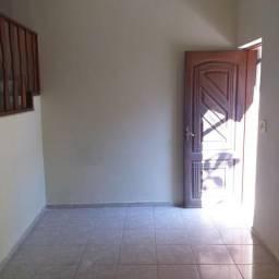 Casa na Rua Teixeira Franco - Ramos