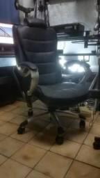 Cadeira ergonômica de luxo