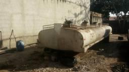 Vendo troco tanque. 15 mil litros