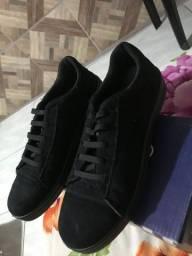 Vendo 3 sapatos