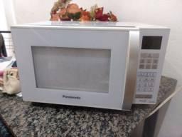Abaixei p vender Microondas PANASONIC 25L 220v