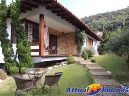 Ampla casa duplex com 5 quartos, sendo 4 suítes, à venda em Teresópolis, RJ