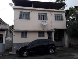 Casa com 02 quartos, Jardim América