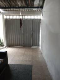 É pra vender mesmo - casa 2/4 sendo uma suíte no Parque Guajará Augusto Montenegro