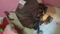 Carrinho de bebê obs. só ZAP *