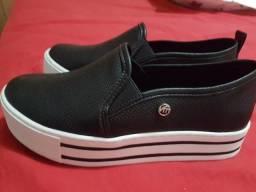 Sapato novissimo via mart 33