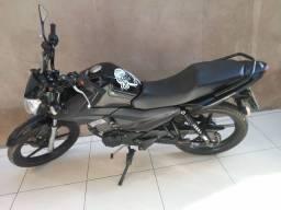 Vendo esta moto em xapuri so pra zona rural