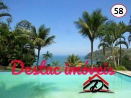 Casa em Condomínio com praia Particular e Marina - Angra dos Reis